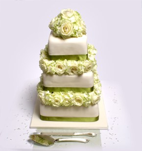 Three Tiedr Wedding Cake 1