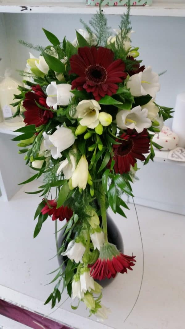 Teardrop Bouquet Burgundy and ivory 1