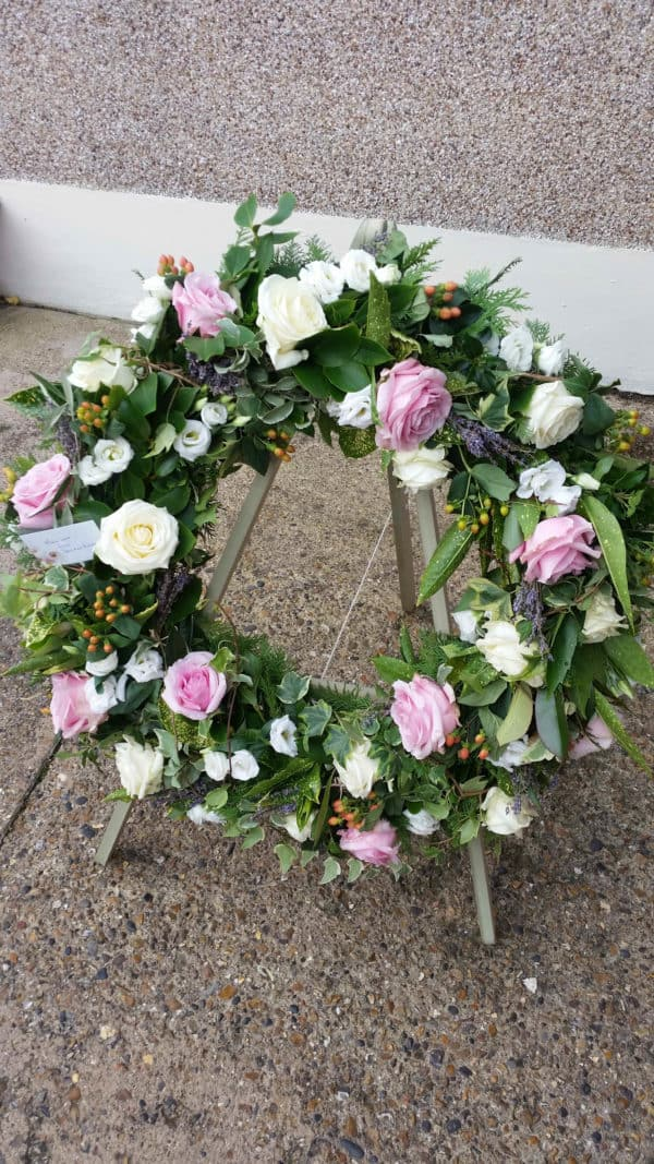 Wreath in Pink & Ivory 1
