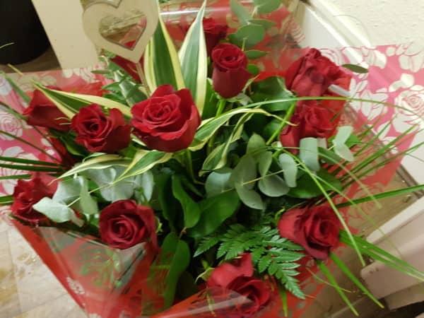 Valentine's Day Dozen Red Roses 1