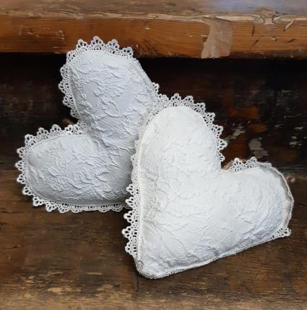 Lace cream heart 1