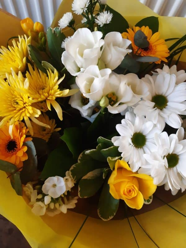 Easter Bouquet in Yellow & White 1
